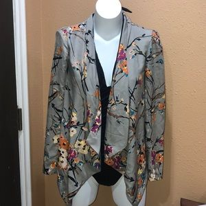 Darling floral jacket